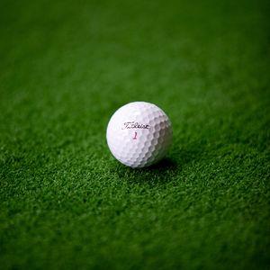 Preview wallpaper ball, grass, golf, lawn