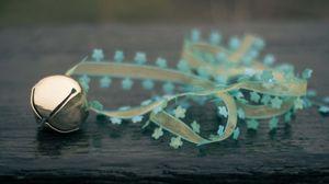 Preview wallpaper ball, ribbon, suspension