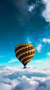 Preview wallpaper air balloon, sky, clouds, flight, height, motley