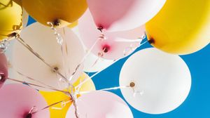 Preview wallpaper balloons, sky, flight, colorful