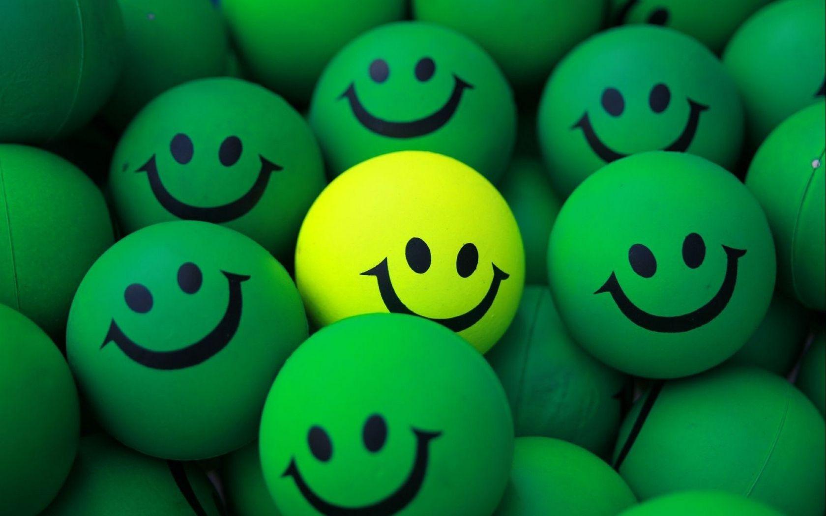 1680x1050 Wallpaper balls, smile, green, yellow