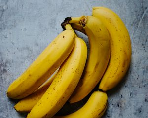 Preview wallpaper bananas, fruit, yellow, desert