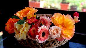 Preview wallpaper basket, flowers, beautiful, bouquet