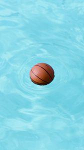 Preview wallpaper basketball, ball, water, wet, swim