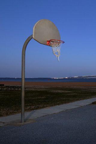 320x480 Wallpaper basketball, shield, ground