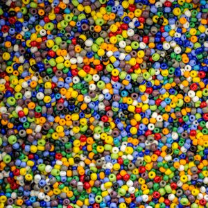 Preview wallpaper beads, glare, colorful, texture