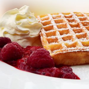 Preview wallpaper belgian waffles, powder, raspberry, cream, jam
