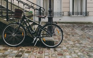 Preview wallpaper bicycle, street, city, facade