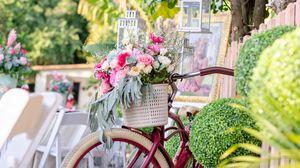 Preview wallpaper bike, basket, bouquet, flowers, flashlights