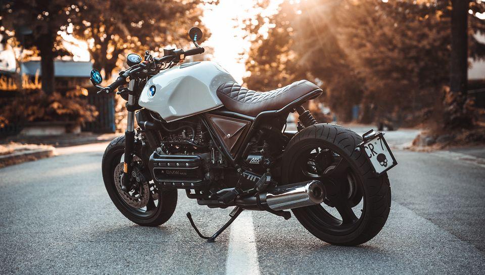 960x544 Wallpaper bmw k100, motorcycle, bike, side view