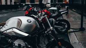 Preview wallpaper bmw, motorcycle, bike, gray, side view, parking