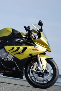 Preview wallpaper bmw, motorcycle, racing, road