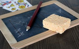 Preview wallpaper board, game, card, pencil, sponge