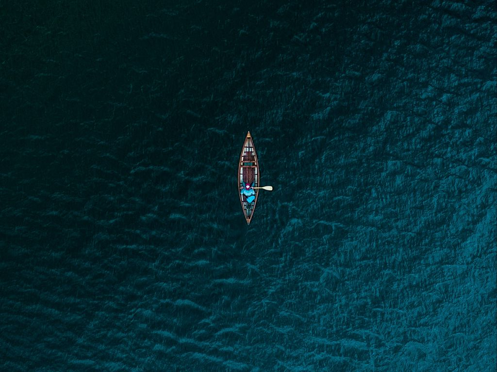 1024x768 Wallpaper boat, sea, view from above, water