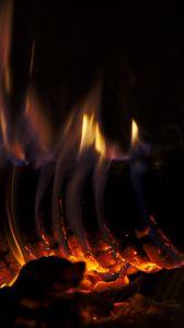 Preview wallpaper bonfire, log, fire, flame, dark