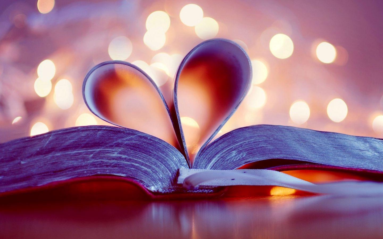 1440x900 Wallpaper book, heart, page, glare, bookmark