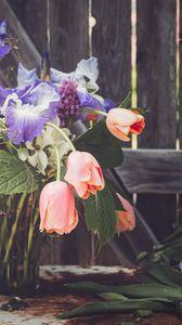 Preview wallpaper bouquet, flowers, composition, vase, aesthetics