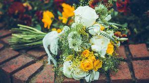 Preview wallpaper bouquet, flowers, roses, petals, composition