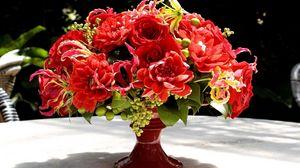 Preview wallpaper bouquet, flowers, vase