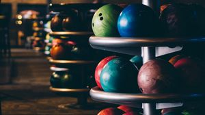 Preview wallpaper bowling, balls, stand