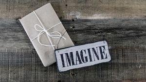 Preview wallpaper box, gift, plate, inscription