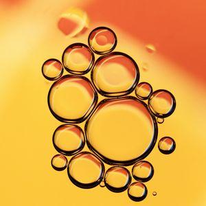 Preview wallpaper bubbles, liquid, oil, macro, yellow, red