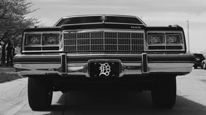 Preview wallpaper buick electra, buick, car, retro, bw, front view