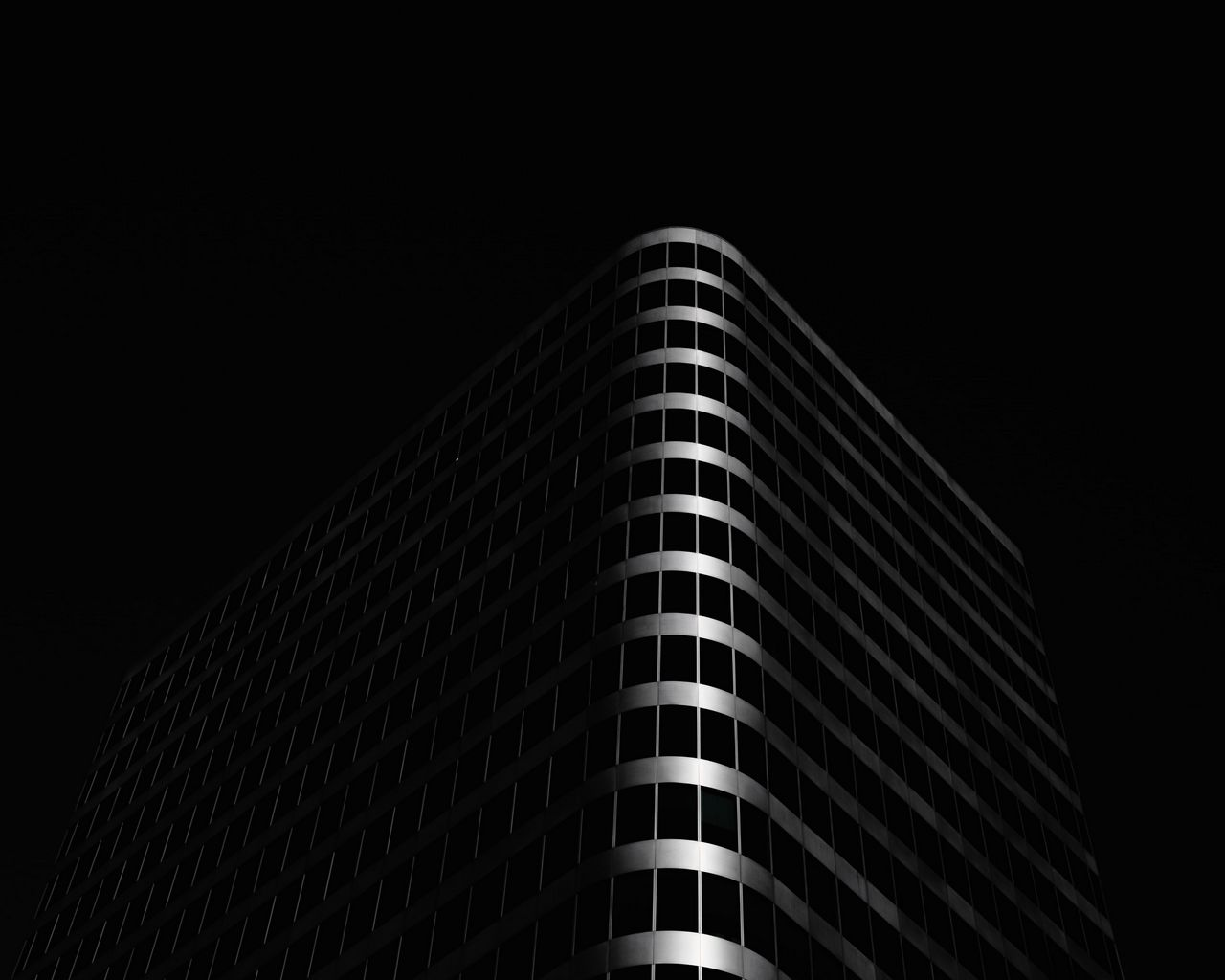 1280x1024 Wallpaper building, architecture, black, dark