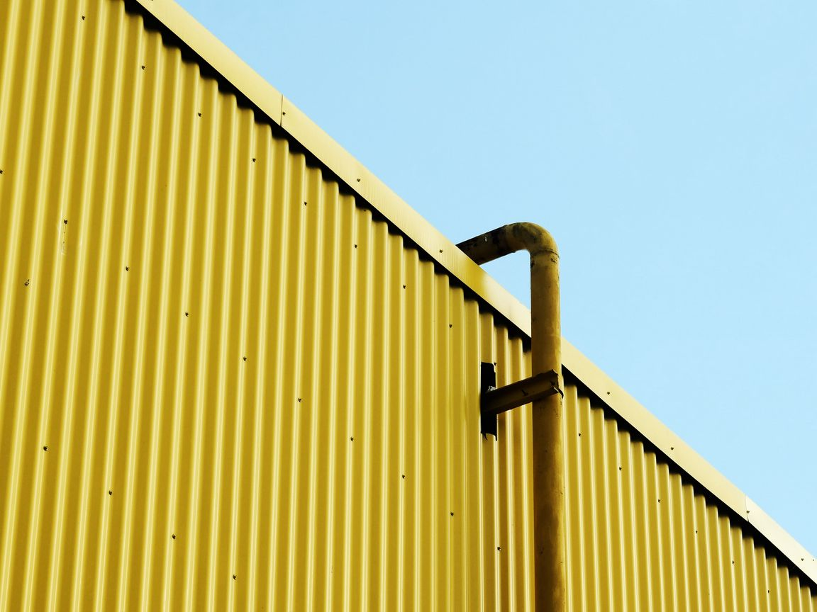 1152x864 Wallpaper building, pipe, yellow, minimalism