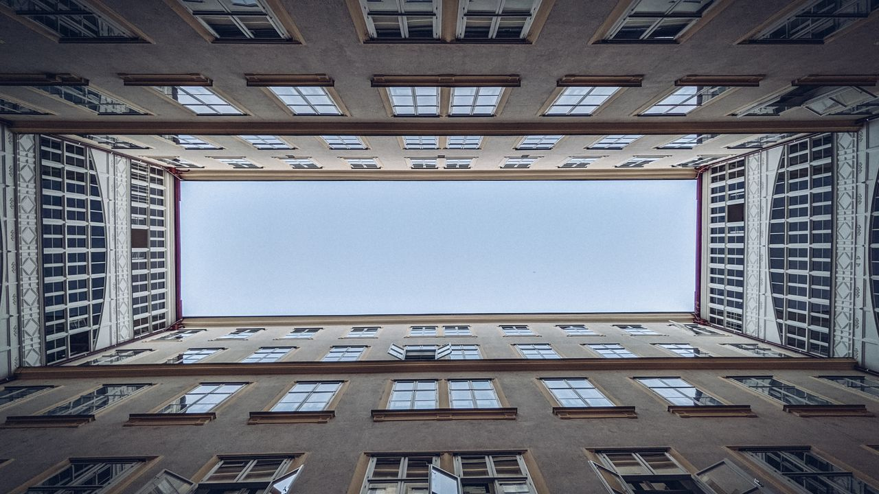Wallpaperbuilding,windows,architecture,bottomview,sky高清壁纸免费下载
