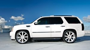 Preview wallpaper cadillac, escalade, white, wheels, profile, roof, parking