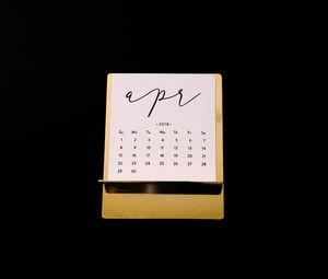 Preview wallpaper calendar, april, 2018