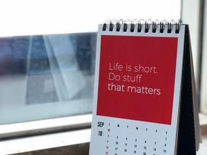Preview wallpaper calendar, inscription, motivation, incentive, advice
