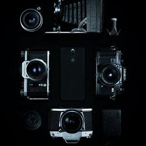 Preview wallpaper cameras, vintage, smartphone, retro, bw