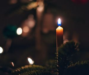 Preview wallpaper candle, fire, christmas tree, new year, christmas
