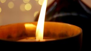 Preview wallpaper candle, fire, macro, glare, light