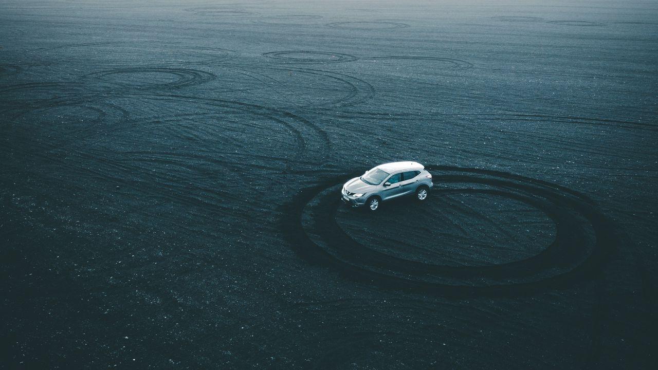 1280x720 Wallpaper car, drift, playground, sand, traces, circles