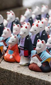 Preview wallpaper cats, figurines, porcelain, japan