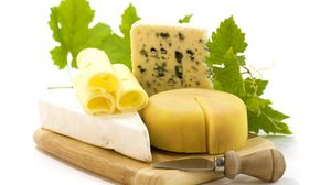 Preview wallpaper cheese, grades, knife, slices, greens, mold