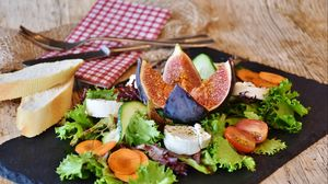 Preview wallpaper cheese, lettuce, figs, tomatoes, vegetables