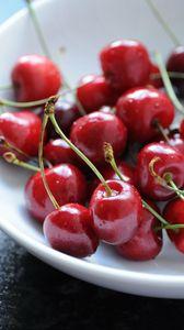 Preview wallpaper cherry, berries, fresh, drops, macro