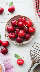 Preview wallpaper cherry, berries, plate