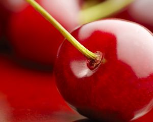 Preview wallpaper cherry, berry, red, ripe