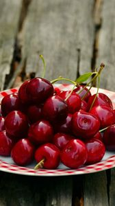 Preview wallpaper cherry, plate, berry, ripe