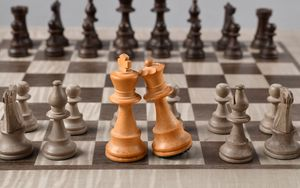 Preview wallpaper chess, king, queen, pieces, game, board