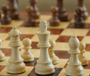 Preview wallpaper chess, game, pieces, board
