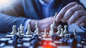 Preview wallpaper chess, pawn, queen, tactics