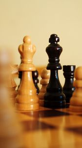 Preview wallpaper chess, pieces, king, queen, game, games