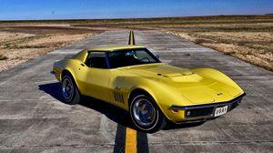 Preview wallpaper chevrolet, corvette, 1969, yellow
