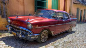 Preview wallpaper chevrolet, old, retro, cars, car, cuba, havana